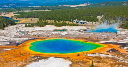 Explore the iconic Yellowstone National Park