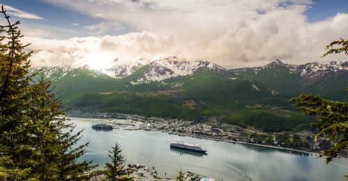 5. Tour of Alaska Dramatic Glaciers and Wildest Creatures