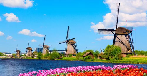 Discover the Windmills of Kinderdijk