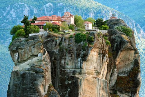 Discover Magnificent Meteora