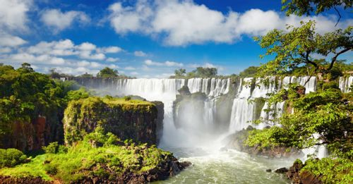 See and hear the thundering water of the Iguassu Falls