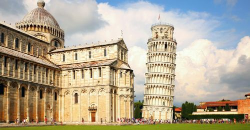 Take a Picture at the Leaning Tower of Pisa