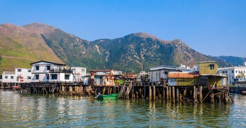 Explore Tai O Fishing Village
