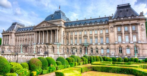 Enter inside the Brussels Royal Palace to get a glimpse of the elegant royal lifestyle
