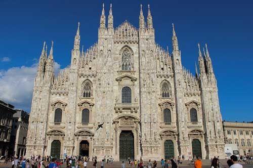 Admire the Duomo Di Milano