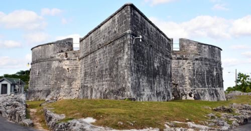 See history at Fort Fincastle