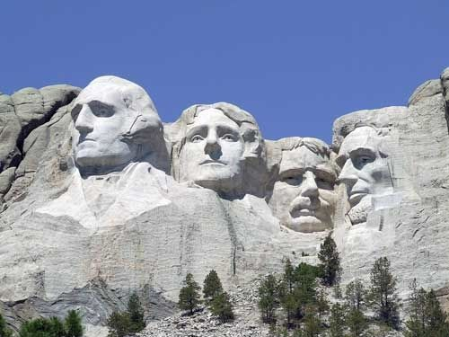 See the Huge Mount Rushmore Memorial
