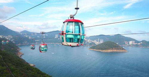 Have fun at Hong Kong Ocean Park