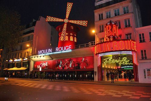 Enjoy the Famous Carbert, Moulin Rouge
